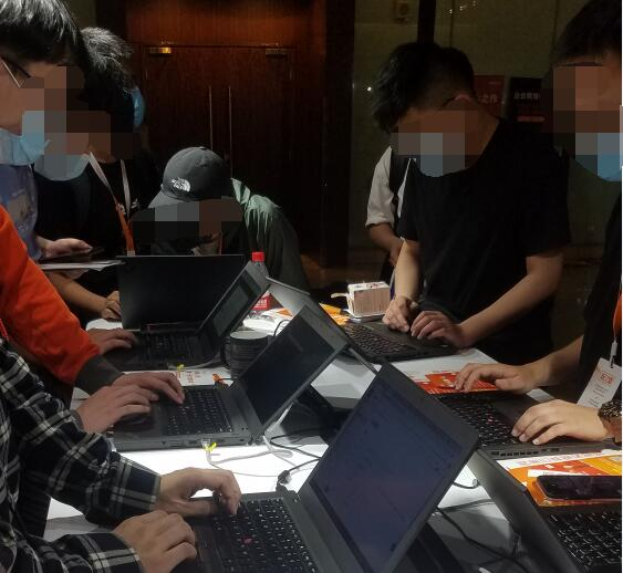 松松团队参加2021阿里云开发者大会 公司新闻 第5张